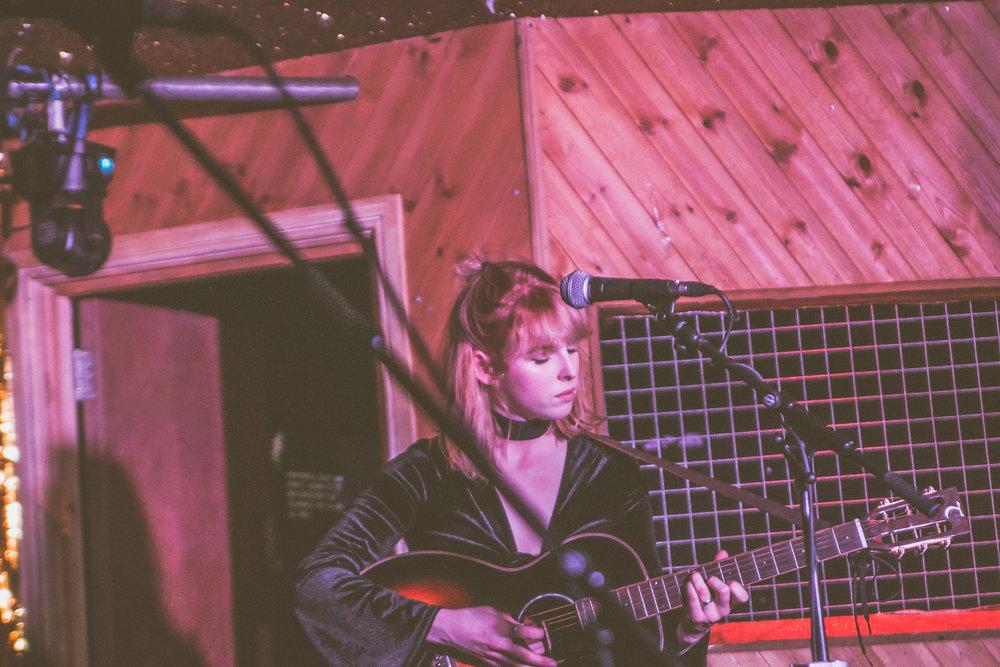 Fenne Lily - Moth Club - London - 10.04.2018 - Ant Adams-15.jpg