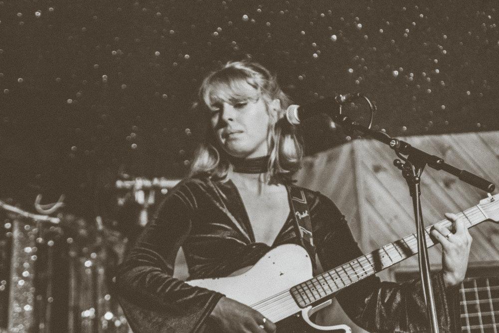 Fenne Lily - Moth Club - London - 10.04.2018 - Ant Adams-5.jpg