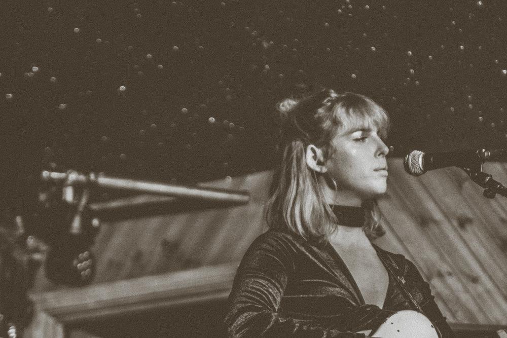 Fenne Lily - Moth Club - London - 10.04.2018 - Ant Adams-3.jpg