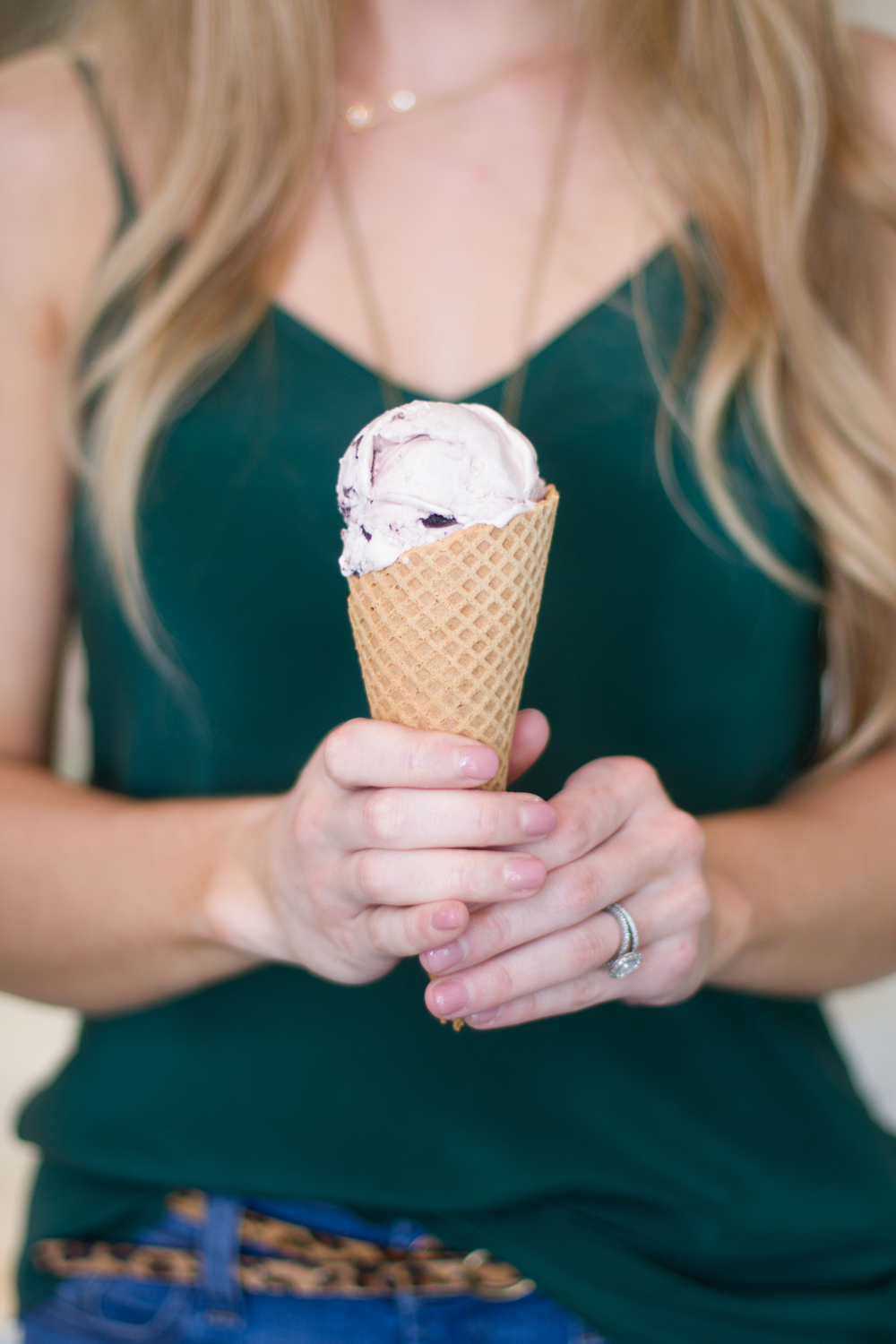 Sweet Scoops Ice Cream in SOnoma | asavvylifestyle.com [Rachael Hairston Photography]