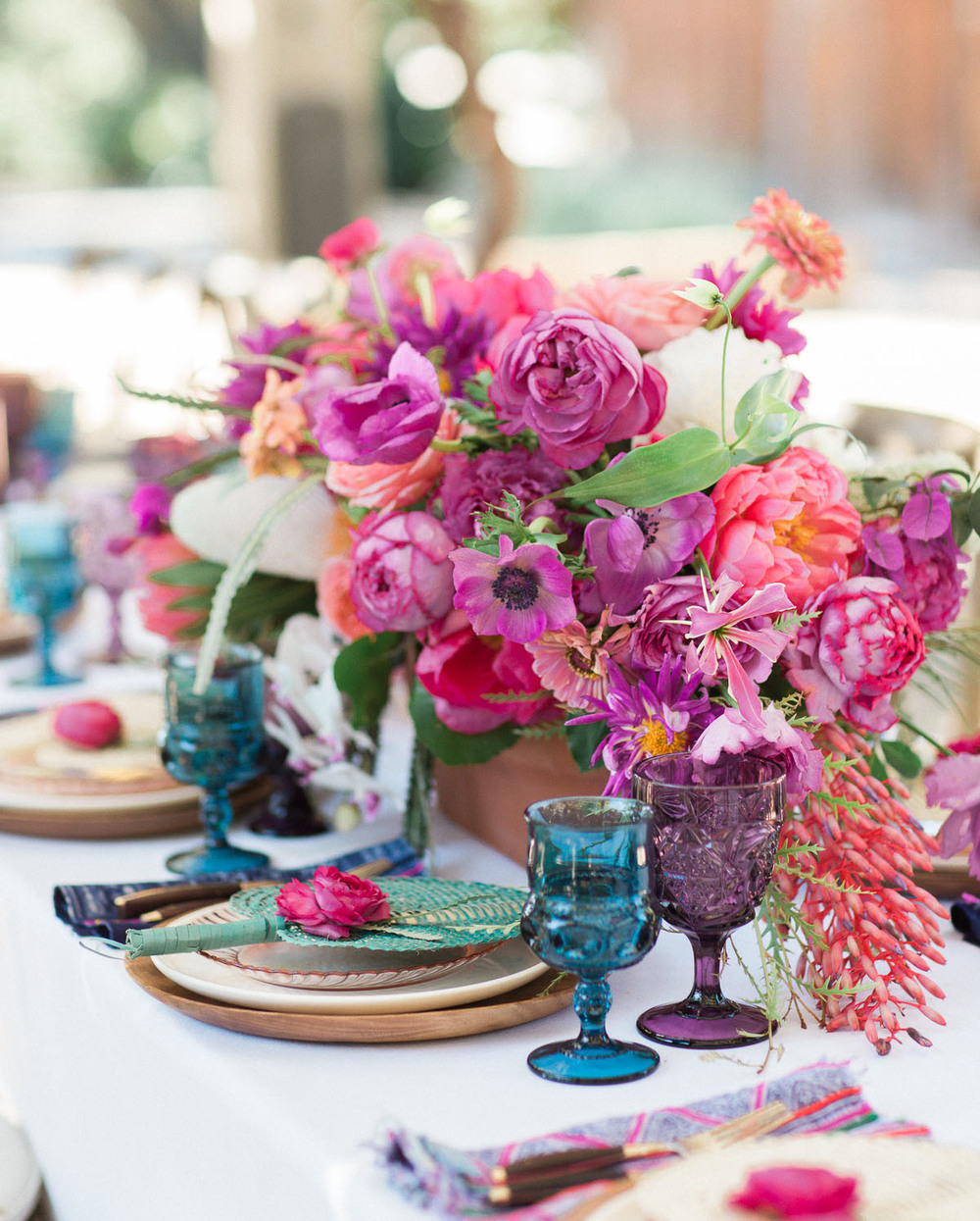 Summertime Party Ideas & Outdoor Entertaining | asavvylifestyle.com {image via Green Wedding Shoes}