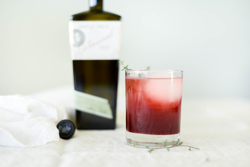 Blackberry gin lemonade recipe | asavvylifestyle.com