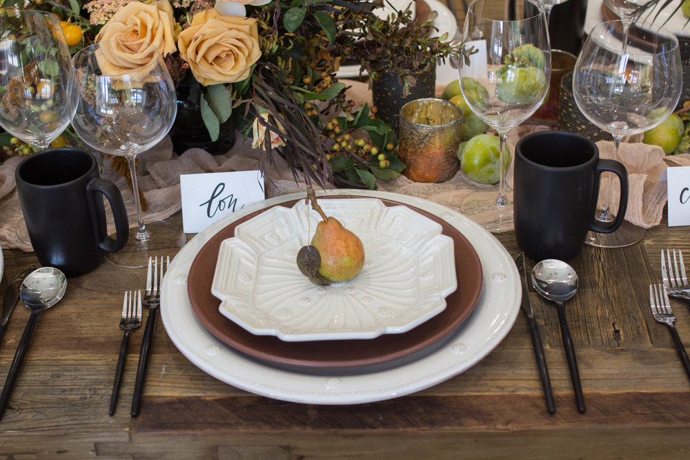 fall inspired table setting theoni collection