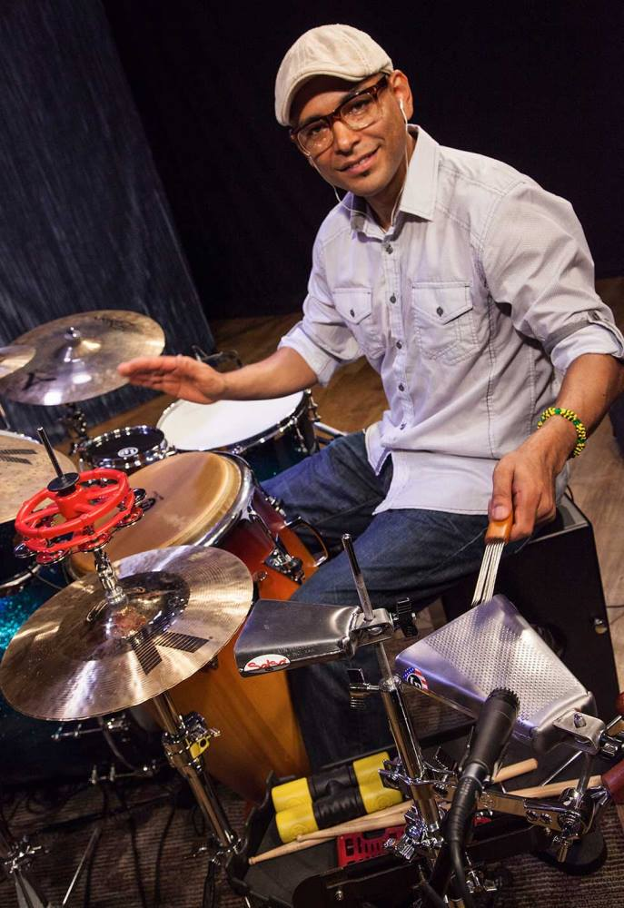 Mauricio Herrera Official Website - Afro-Cuban Drummer/Percussionist/Performer/Educator