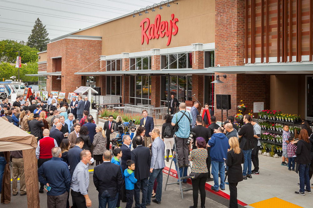 Raley's: Fair Oaks Store Opening