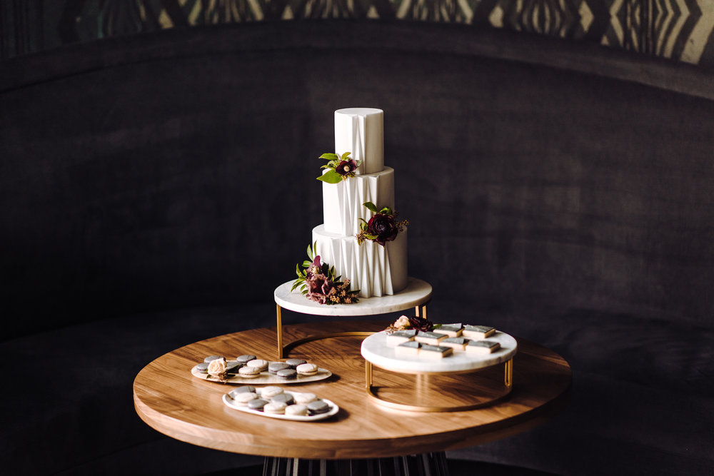 contemporary modern wedding desserts