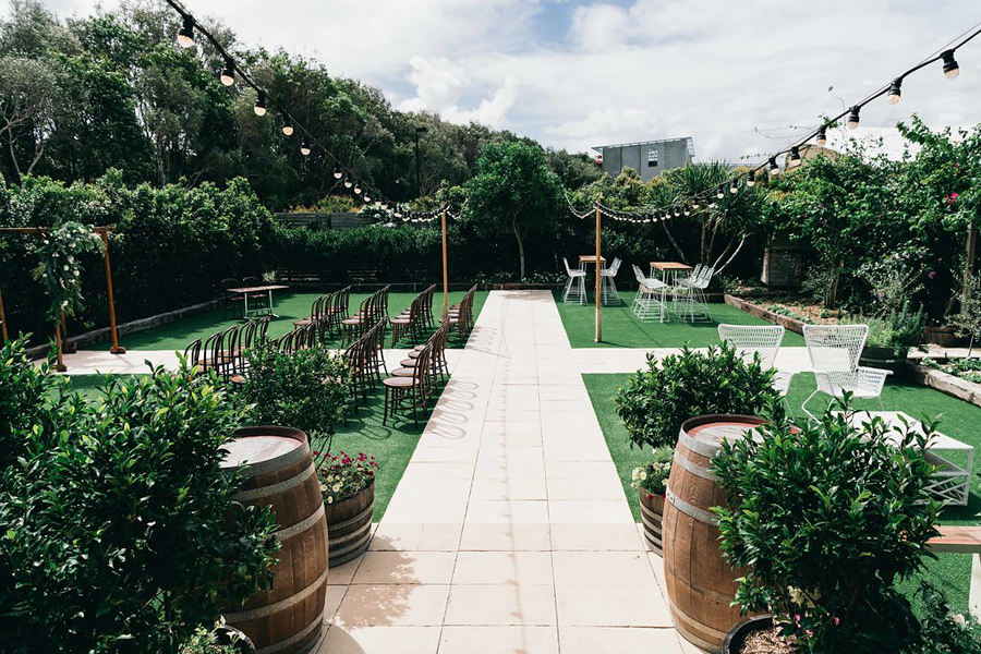 tweed-coast-wedding-venue-osteria-casuarina-real-wedding-amy-alex020.jpg
