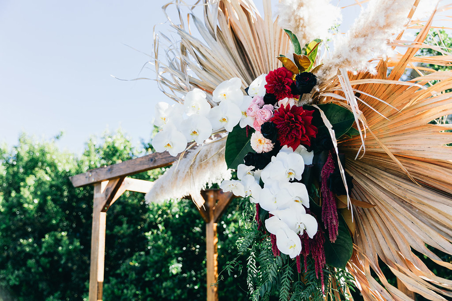 tweed-coast-weddings-wedding-venue-osteria-casuarina-garden-ceremony-reception-coastal-elyse-peter017.jpg
