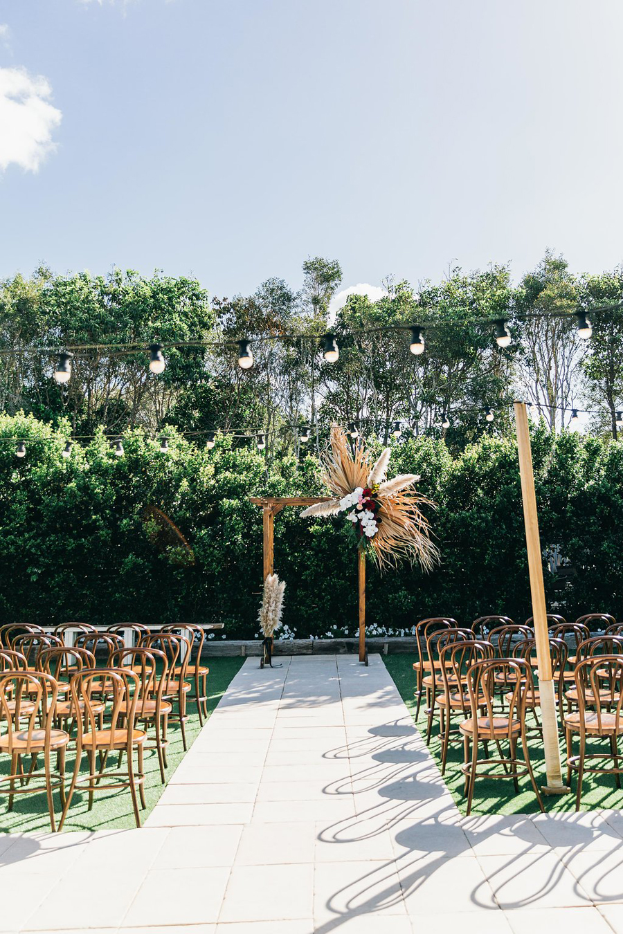 tweed-coast-weddings-wedding-venue-osteria-casuarina-garden-ceremony-reception-coastal-elyse-peter018.jpg
