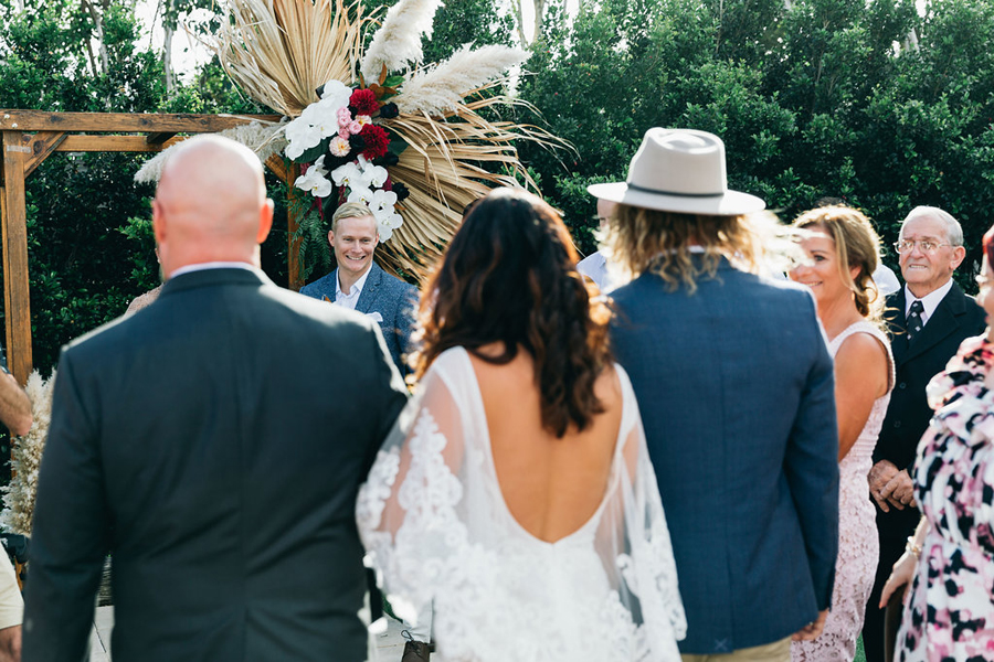 tweed-coast-weddings-wedding-venue-osteria-casuarina-garden-ceremony-reception-coastal-elyse-peter021.jpg