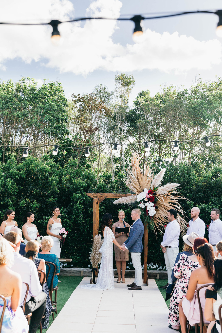 tweed-coast-weddings-wedding-venue-osteria-casuarina-garden-ceremony-reception-coastal-elyse-peter023.jpg
