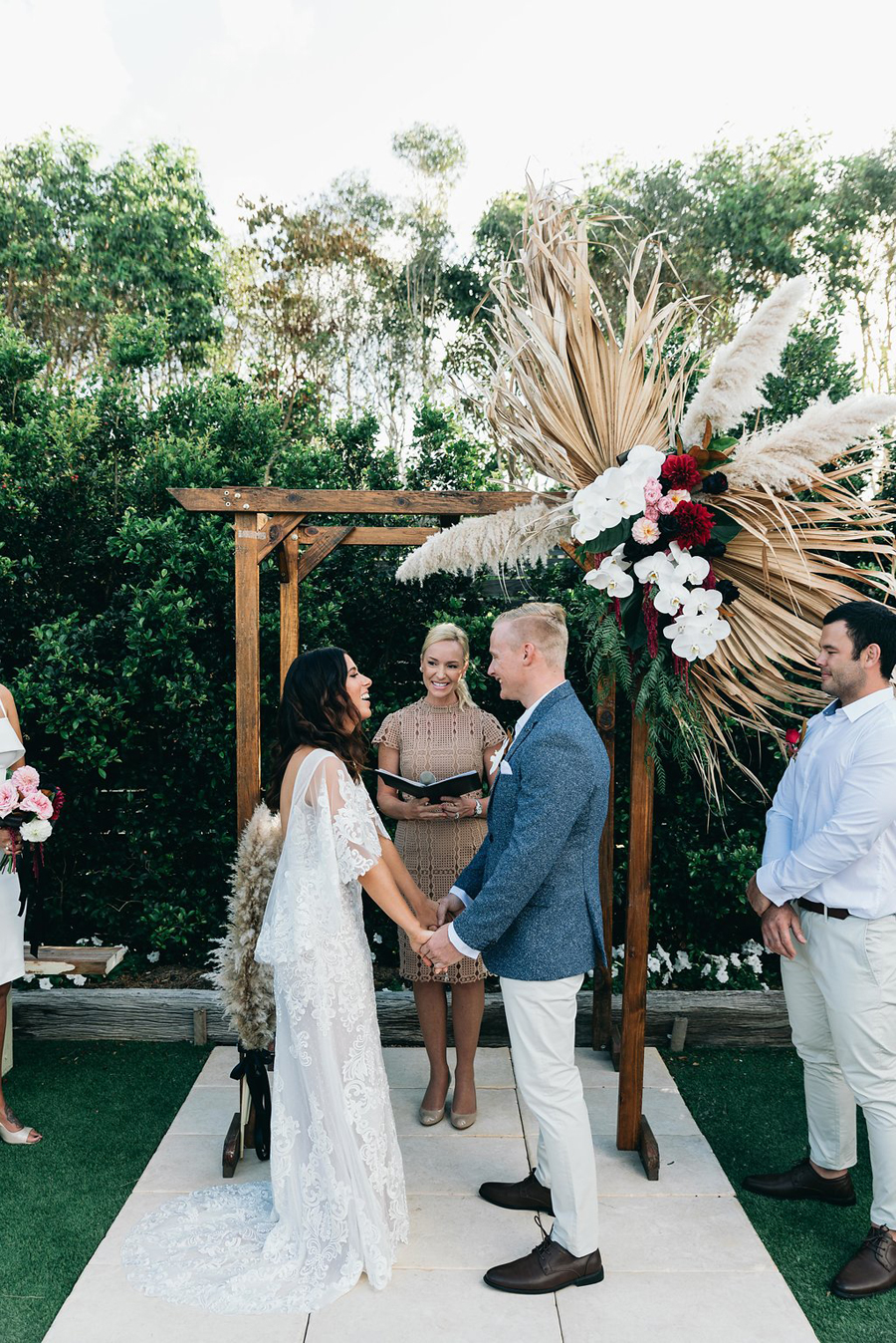 tweed-coast-weddings-wedding-venue-osteria-casuarina-garden-ceremony-reception-coastal-elyse-peter024.jpg