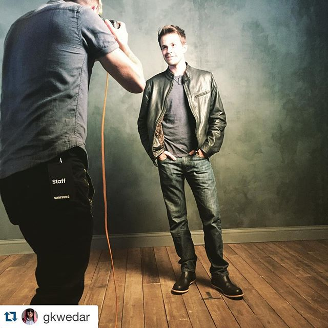 T-minus less than 3 hours until the #Transpecos #worldpremiere at #SXSW2016!  #Repost @gkwedar ・・・ Few hours before @transpecosmovie world premiere at the @samsung @gettyimages photo shoot. @johnnyjamessimmons looking fly in his @helmboots Pablo Blacks!