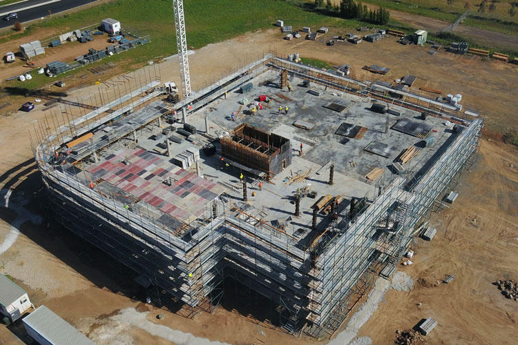 Bloomfield Medical Centre - The BMC project team have been working hard for the last few months bringing this structure to life. This project is on track for completion in the new year.Read more in the Central Western Daily;https://www.centralwesterndaily.com.au/story/5797232/tower-taking-shape-bloomfield-medical-centre-on-target-to-open-within-a-year/
