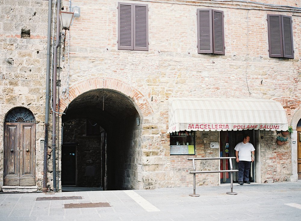 San Gimignano Italy Love Note Film Photography_0002.jpg