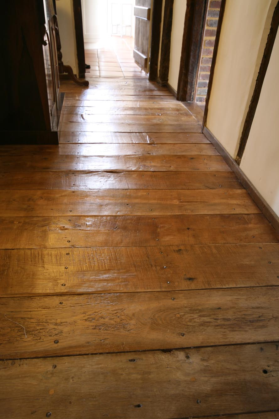 reclaimed oak floor