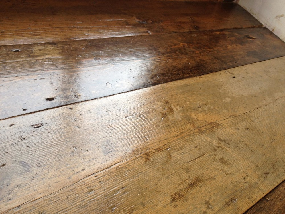 close up of reclaimed pine flooring