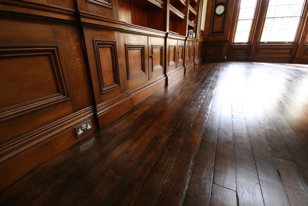 restored oak flooring and oak cabinets