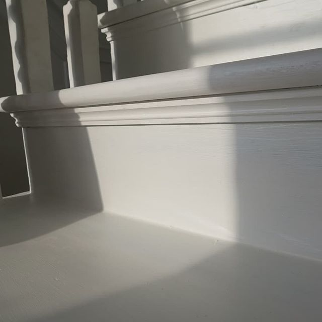 Restored treads with a primer applied⠀ #restoration#staircase#london#hampstead#georgian#conservation#joinery#vincentreed