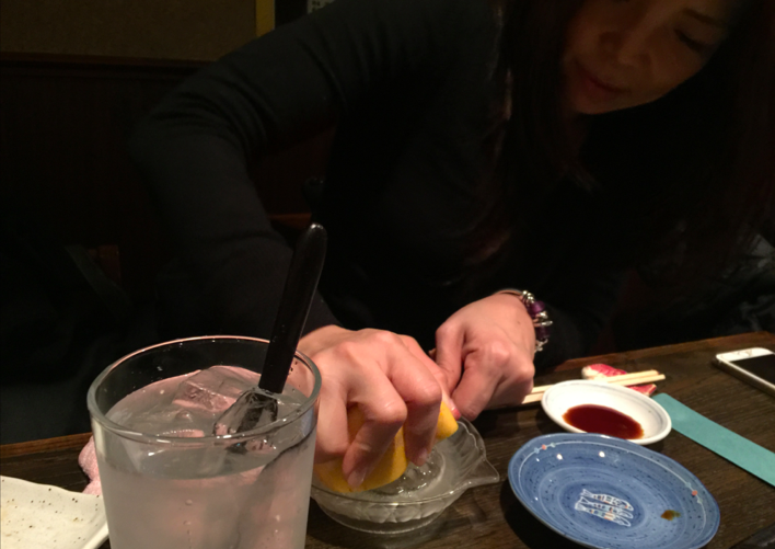 Japanese cocktail - You can choose fresh fruit and squeeze it