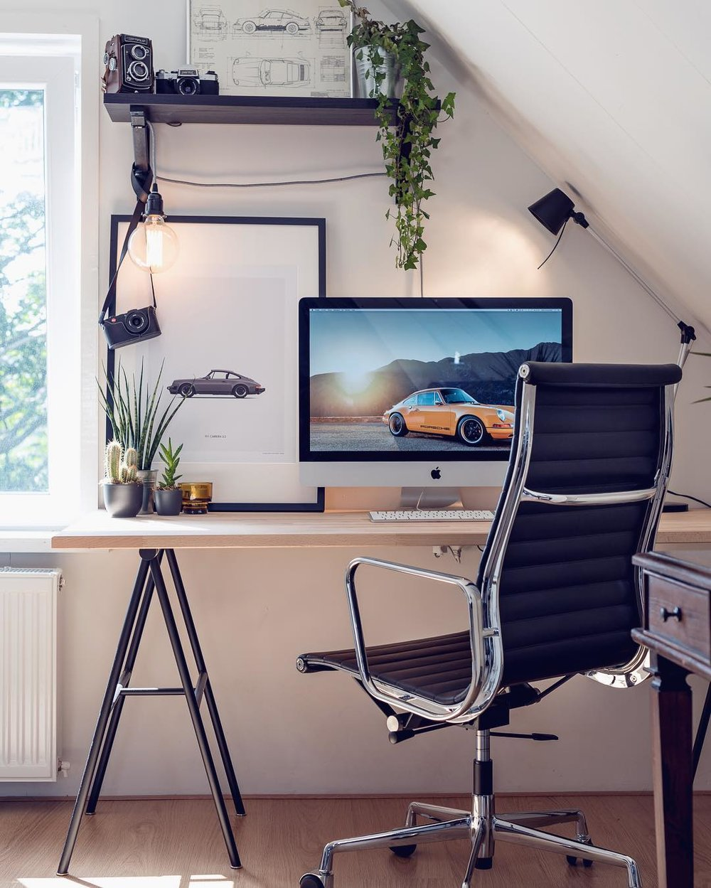 niels-onderwater-on-instagram-pretty-much-the-perfect-home-office-interiordesign-desksetup-scandicde-1468492472kg84n.jpg