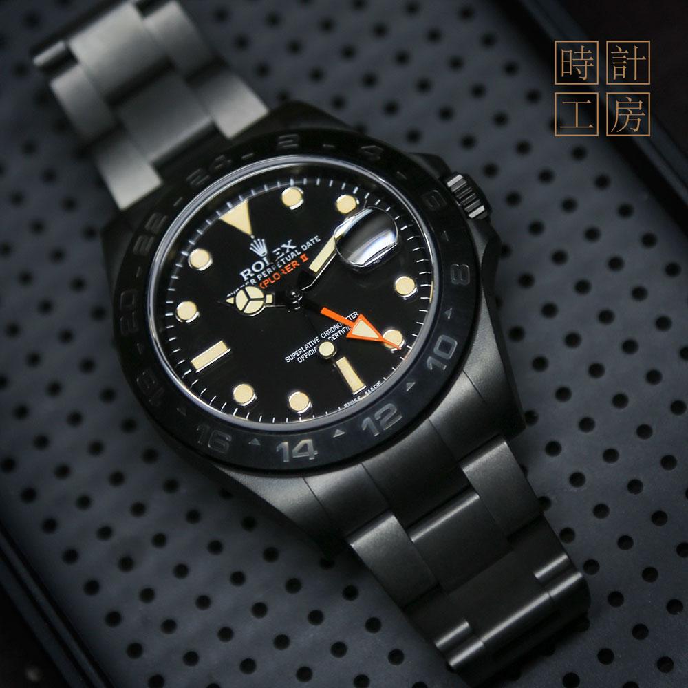 錶面特別設計,顏色加錶針之特別定做HKD 12,000 (approx USD 1,540)