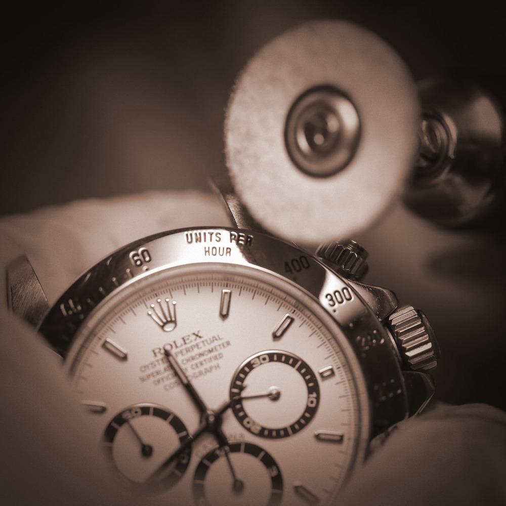 錶殼打磨及修補
