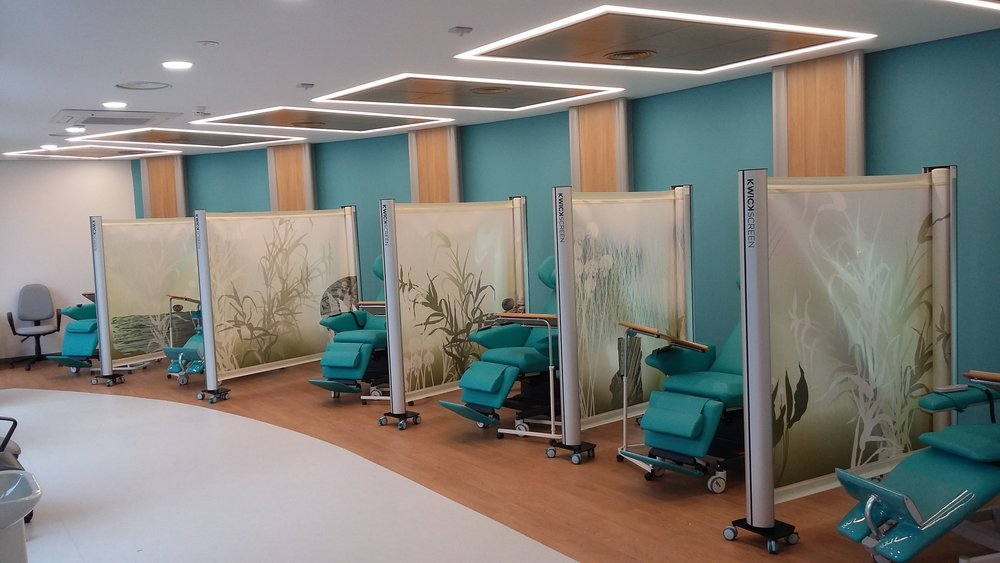 Privacy screens KwickScreen at Tameside Hospital New Macmillan Unit - The Chemotherapy Treatment Room