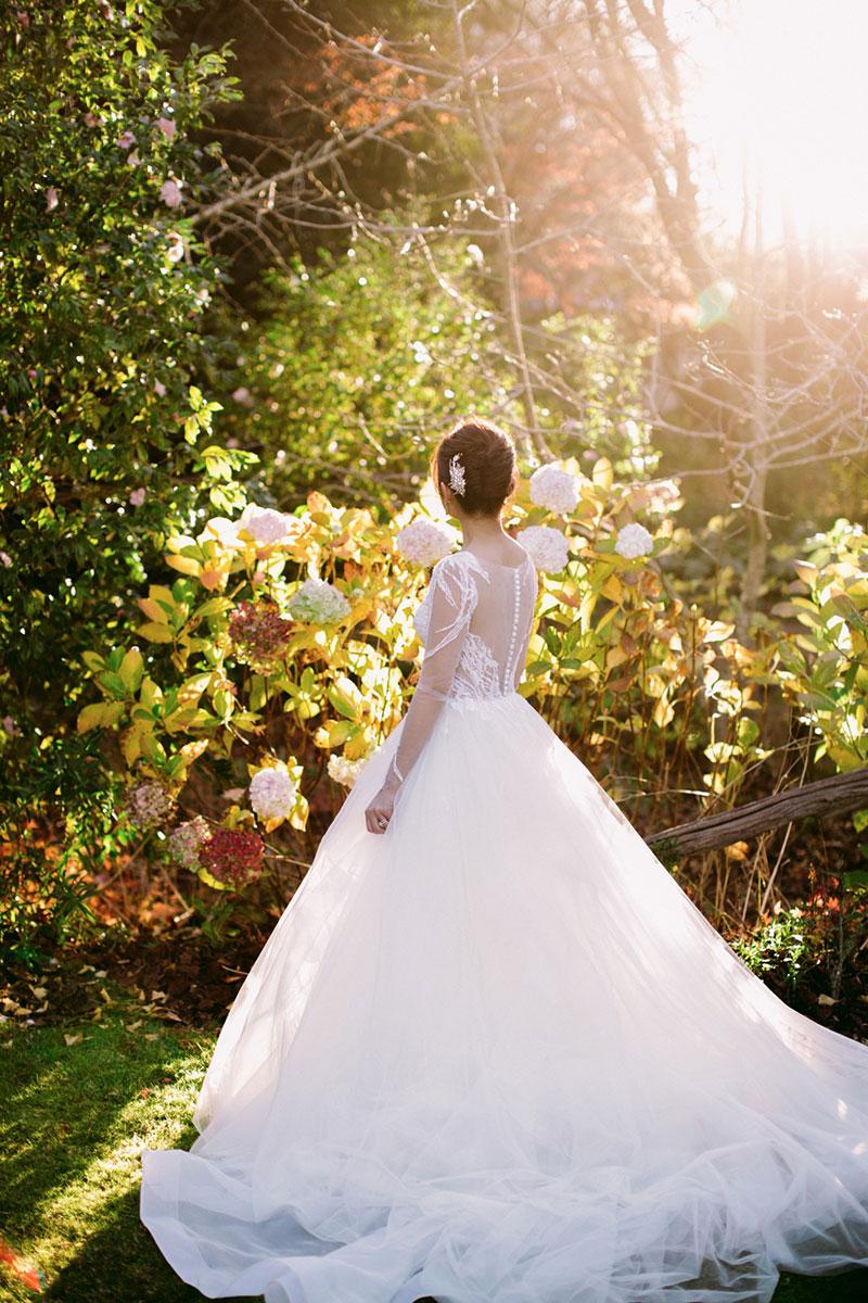 Lara-Hotz-Overseas-Wedding-Big-Day-Australia-Milton-Park-Country-House-047.jpg