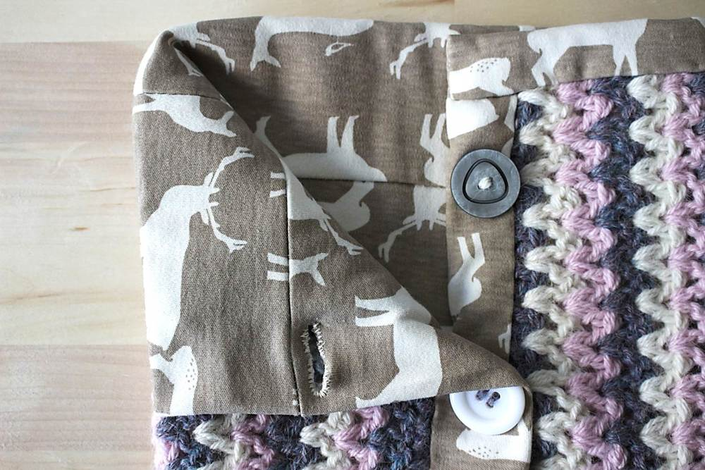 DIY scrap fabric and yarn neckwarmer | includes step-by-step crochet and sewing tutorial | Emmy + LIEN
