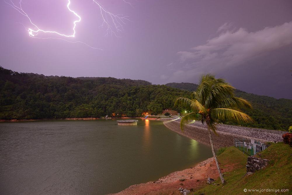 penang-air-itam-dam_landscape-photographer_lightning-season_jordan-lye-8.jpg