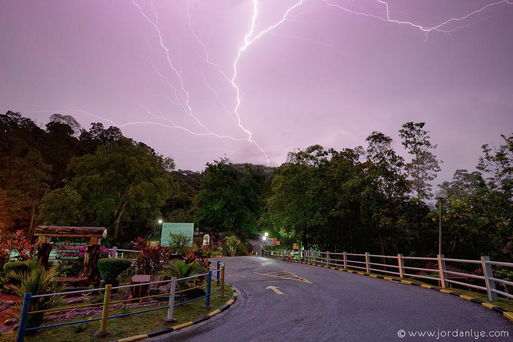 penang-air-itam-dam_landscape-photographer_lightning-season_jordan-lye-10.jpg