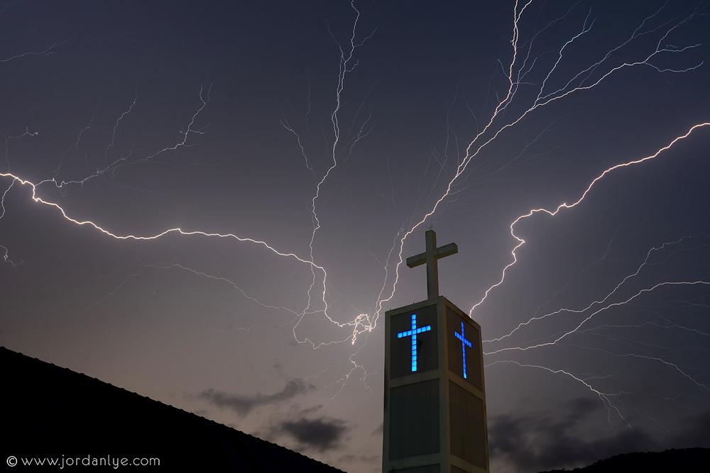 penang-chinese-methodist-church_landscape-photographer_lightning-season_jordan-lye-6.jpg