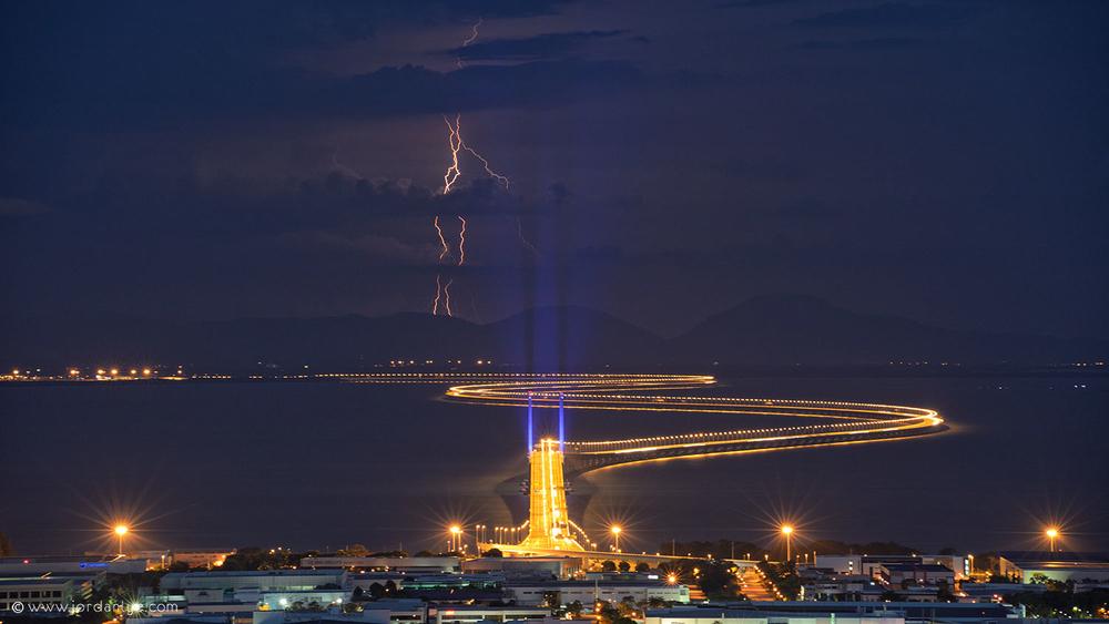 penang-second-bridge_landscape-photographer_lightning-season_jordan-lye-2.jpg
