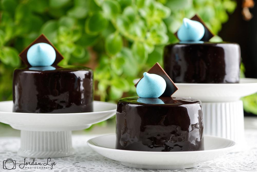 chocolake-sensation-cake.jpg