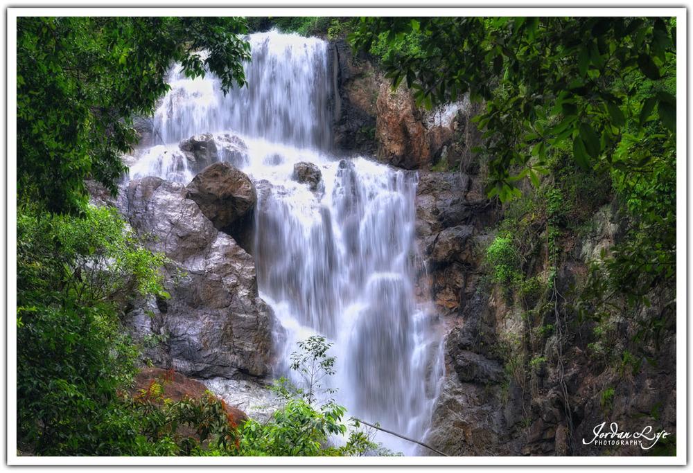 Botanical Garden waterfall 03