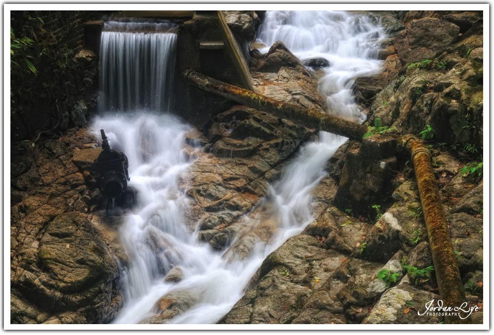 Botanical Garden waterfall 02