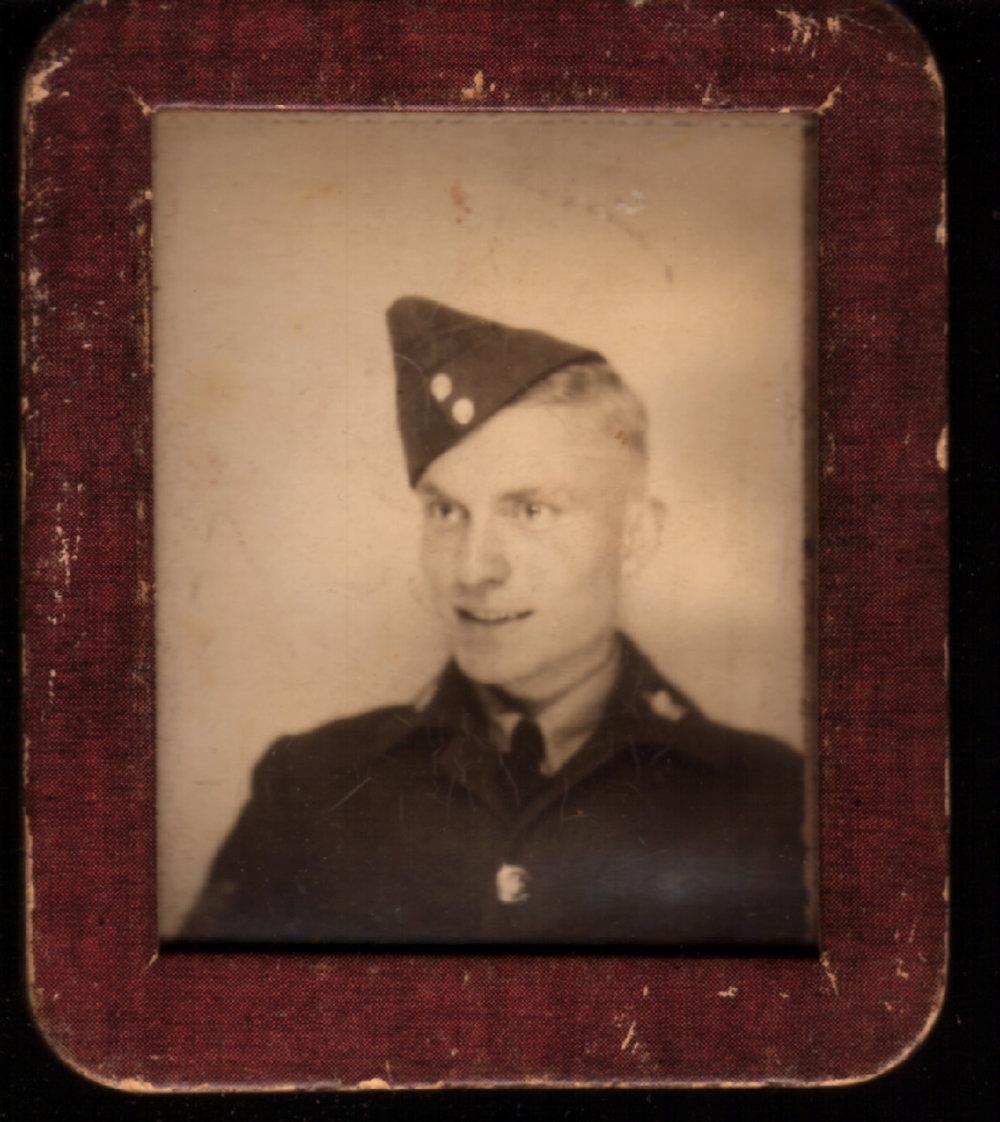 Bill Sinkins Air Cadet.JPG