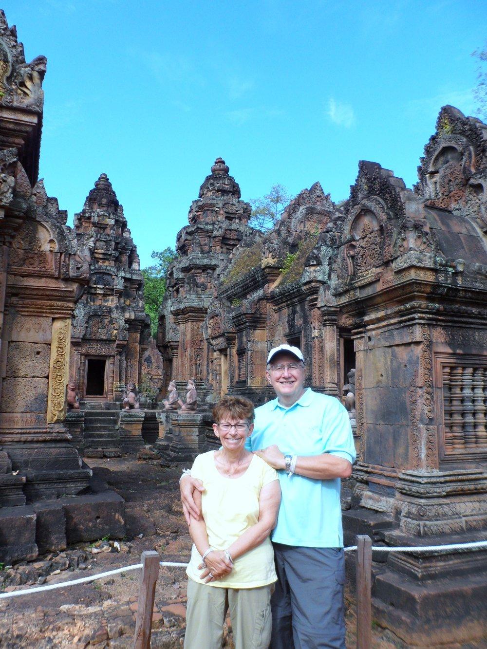 Banteay Srei Temple (15).JPG