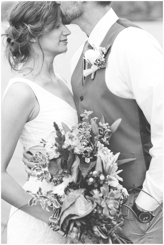 Bride and Groom 185.jpg