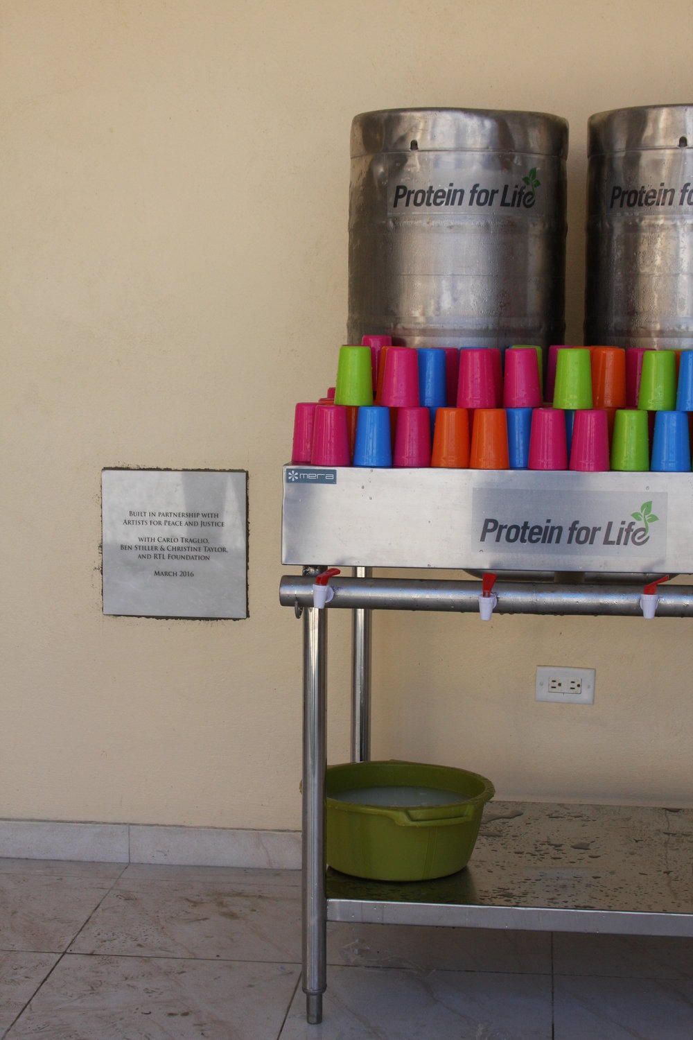 Food safe, waste-less, dispensing system