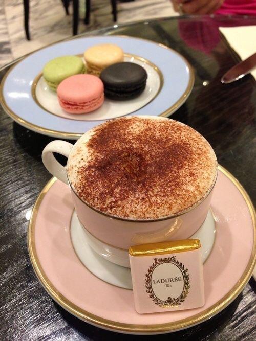 Macaroons and a café au lait. {Image Source: Foursquare}