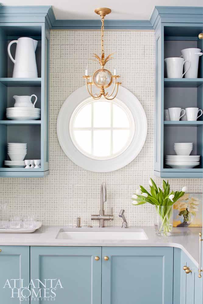 {Image Source: Atlanta Homes & Lifestyles Magazine; Designed By: Matthew Quinn of Design Galleria Kitchen and Bath Studio }