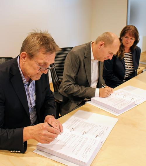 Bildet: F.v. Arnfinn Hardersen (ÅF),Gorm Frimannslund (CEO Bane NOR) og Anne Kristin Ranvig (ÅF)
