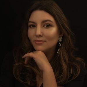 Cristina Stoian - Cristina Stoian Portraits