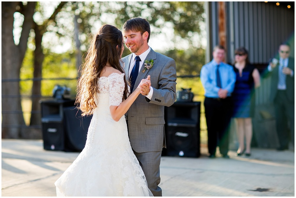 Kinler_DixieGin_Shreveport_Wedding_52.jpg
