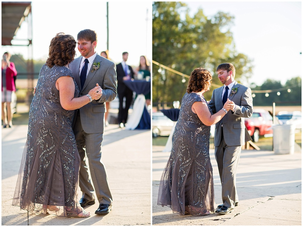 Kinler_DixieGin_Shreveport_Wedding_59.jpg