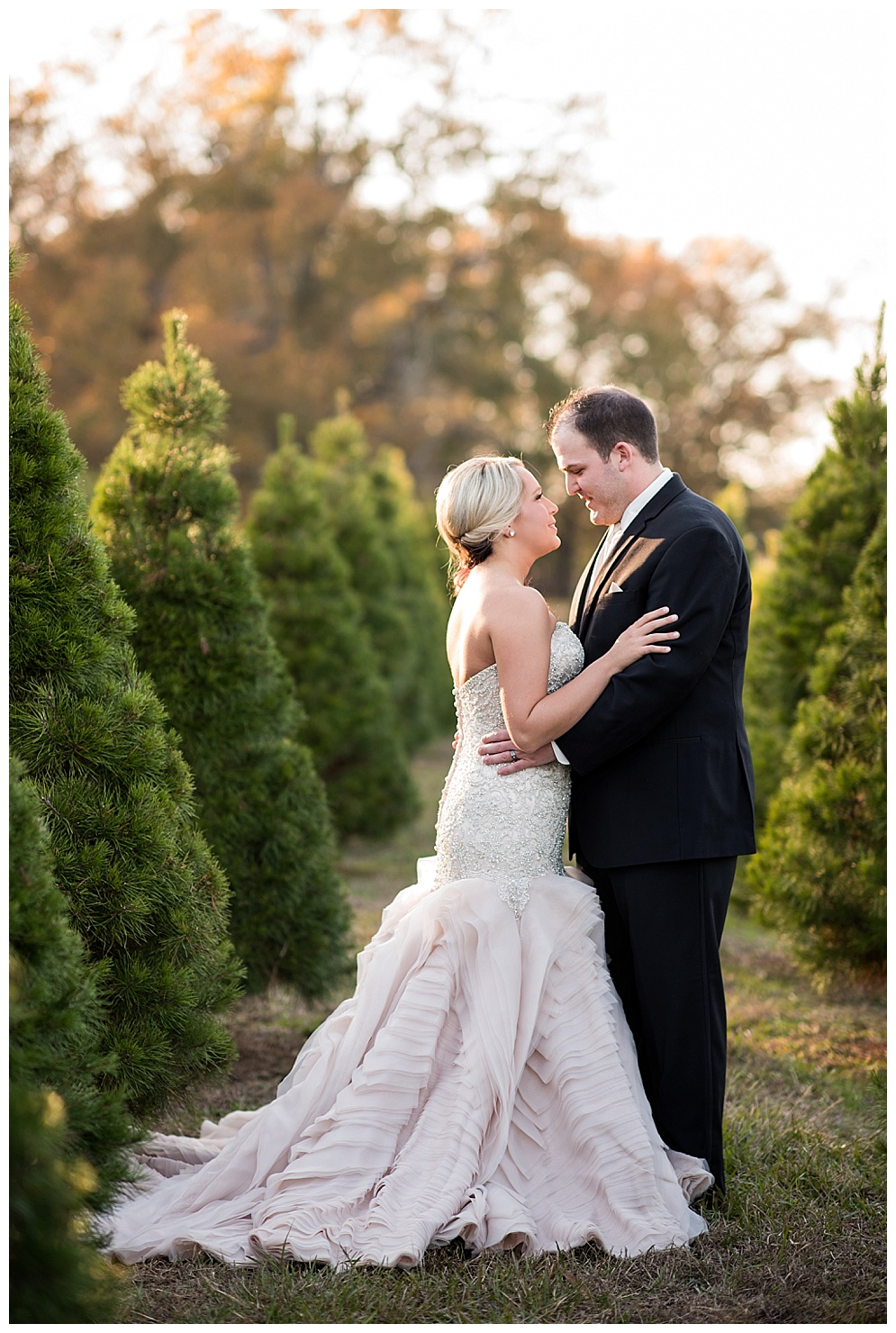 Emily_ChristmasTree_Farm_Arkansas_Wedding_Photographer_01.jpg