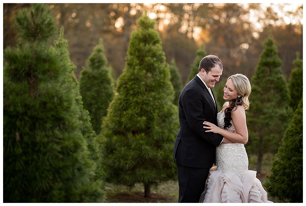 Emily_ChristmasTree_Farm_Arkansas_Wedding_Photographer_22.jpg