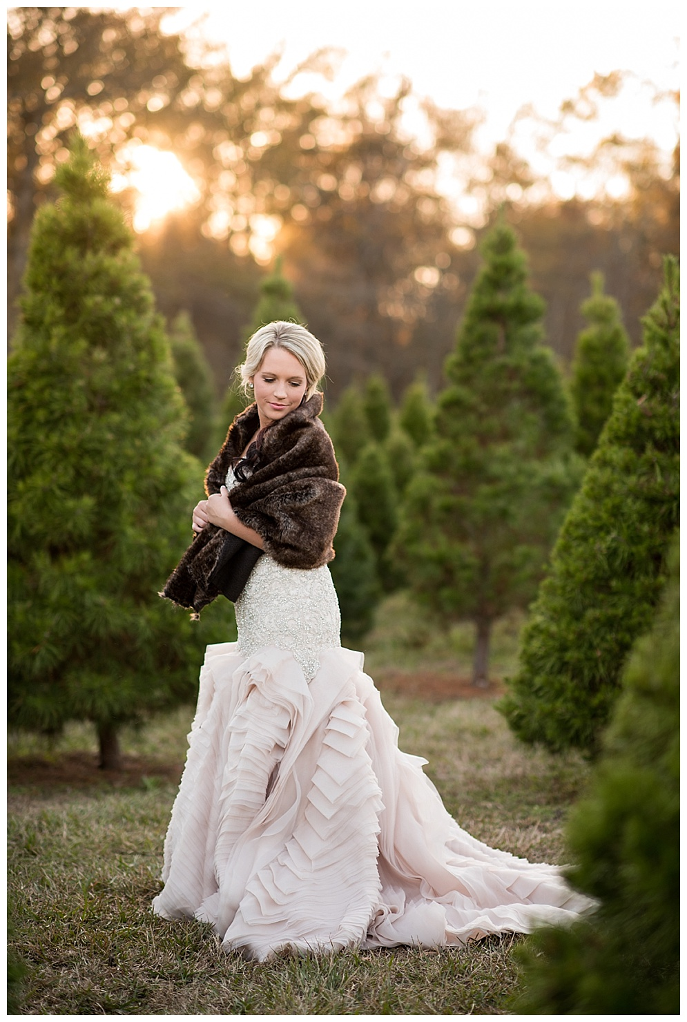 Emily_ChristmasTree_Farm_Arkansas_Wedding_Photographer_32.jpg